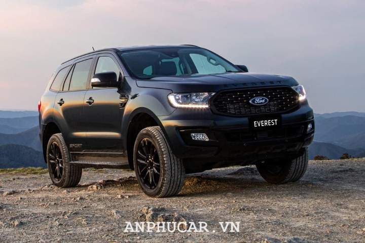 Ford Everest Sport 2020 gia ban